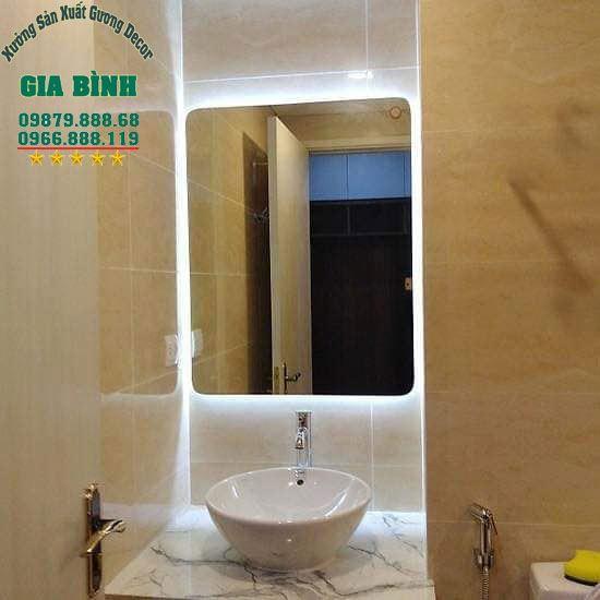 Xưởng Gương Gia Bình chia sẻ chọn gương nhà tắm đẹp, sang trọng